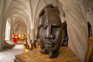 Africké sochy na výstavě Afrika divočina v srdci