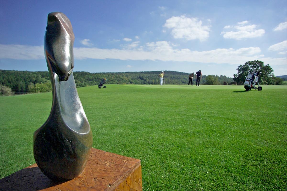 Kamenné sochy na prodej v Golf Park Dýšina