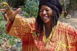 Sochařka Colleen Madamombe