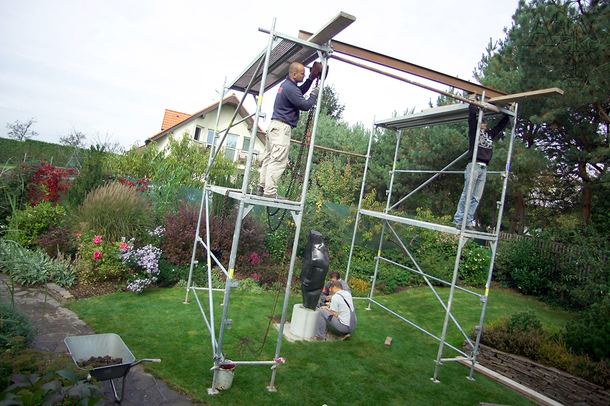 Jak instalovat velkou sochu