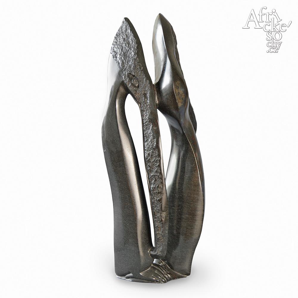 Remunice Tahwa: sculpture Birds