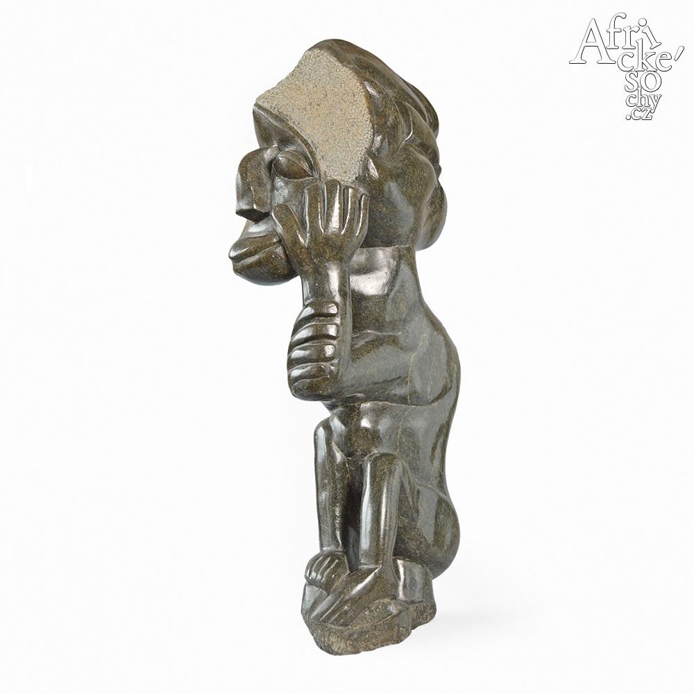 Ali Chitaro: socha Tři tváře