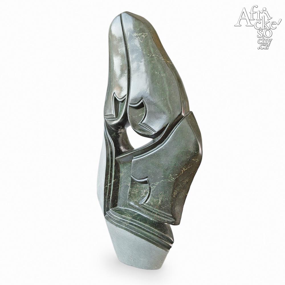 Ronniye Muzeya: socha Velká rodina