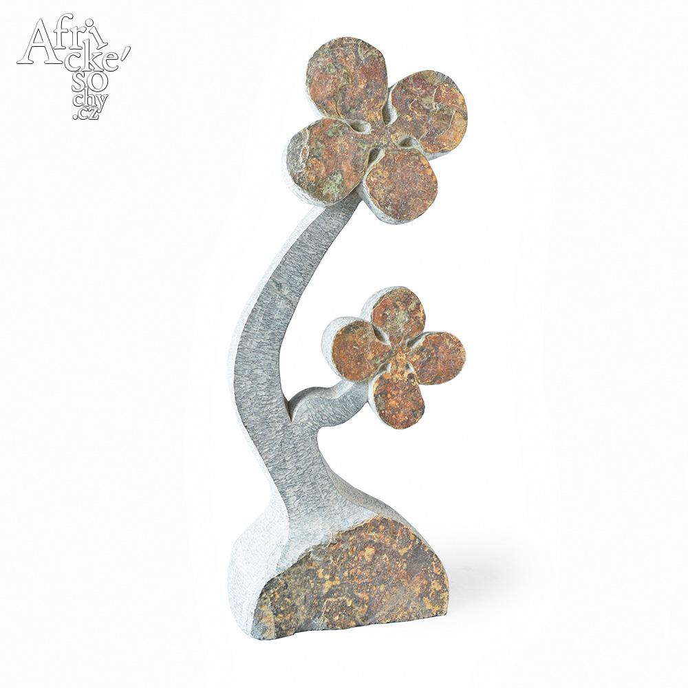 Dominic Benhura: sculpture Flower