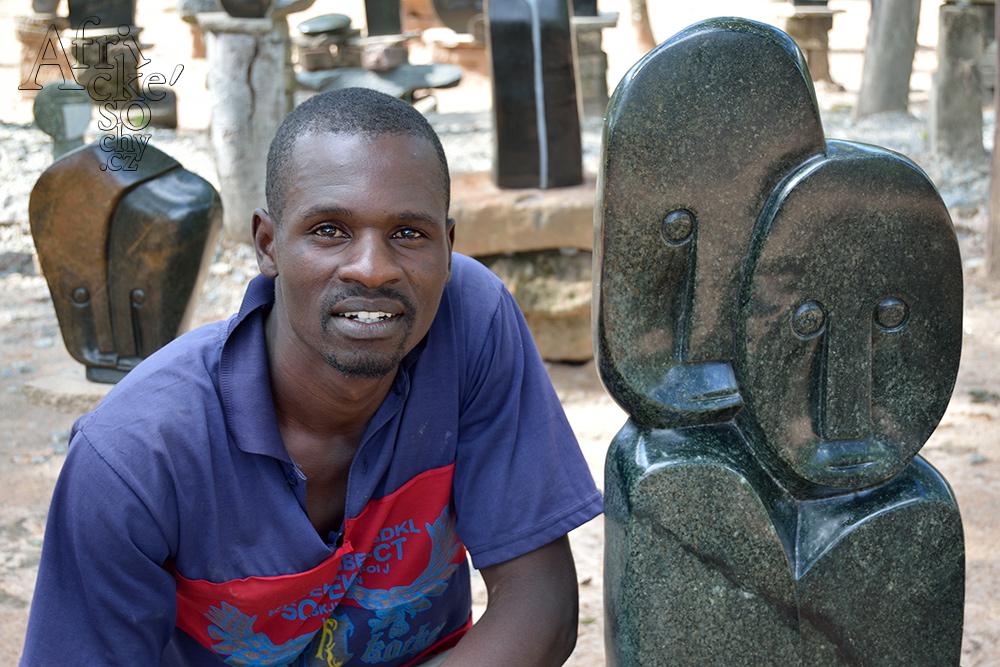 Sochař Smibio Bangura