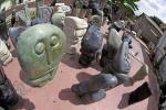 Kamenná socha na prodej do interiéru, bytu či zahrady