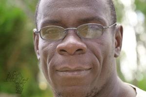 Sochař Mekias (Mike) Munyaradzi