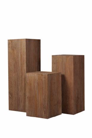 Podstavce pro sochy - dřevěné kubusy