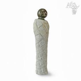 Socha Dívka v šatech | Kamenné sochy na prodej, sochy do zahrady či interiéru