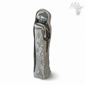 Kamenné sochy na prodej, sochy do zahrady či interiéru, socha Dřímající