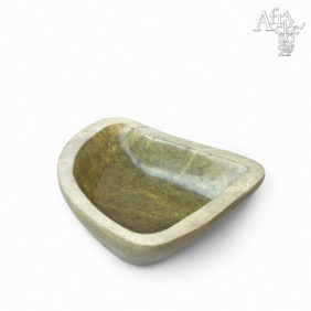 Philip Kombarago: socha Miska vzeleném kameni