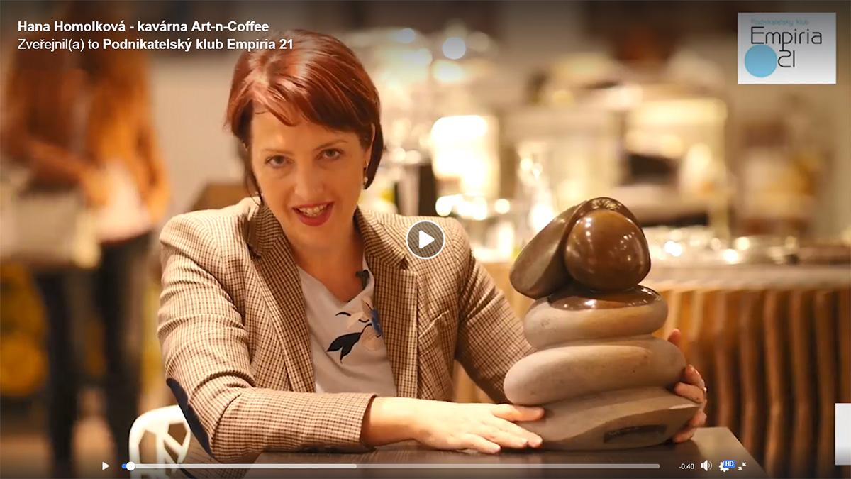 Hana Homolková - majitelka kavárny Art-n-Coffee