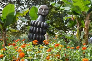 Africké sochy v Safari Parku - autor sochy Sample Kafara