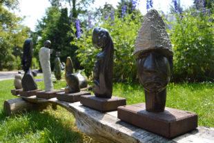 Africké sochy v Safari Parku - autor sochy Siriza Seda
